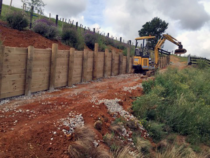 Earthmoving contractors auckland excavation north shore for Auckland landscaping services